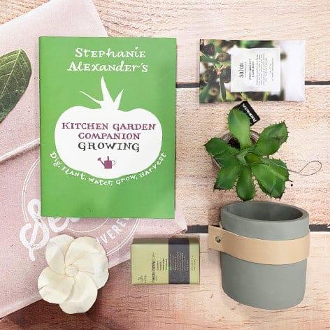 gardening hamper gift pack