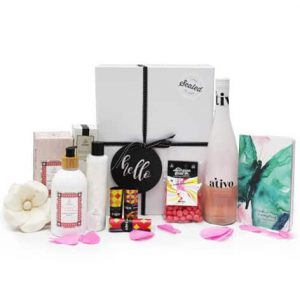 luxury gift hampers for her