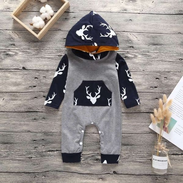 cute baby clothing present